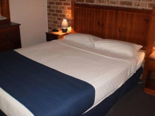Pet & Dog Friendly Accommodation Central Coast - Hotels