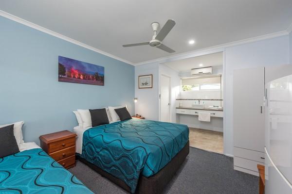Pet & Dog Friendly Accommodation QLD - Hotels & House Rentals